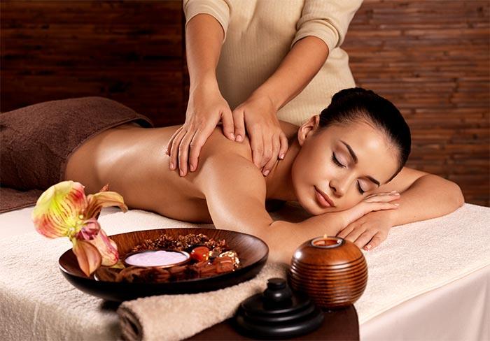 Vari tipi di massaggi per tutte le donne e le esigenze più specifiche